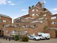 1 bedroom flat in Saunderness Road, Isle of Dogs E14