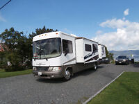 2007 Georgetown 34' Class A motorhome with 3 slides