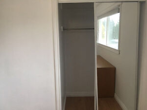 Room for rent near market mall, walking distance from terminal.