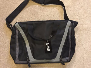 Liquidation! 2 Style bags (Gym bag and Backpack) Going for CHEAP Kitchener / Waterloo Kitchener Area image 7