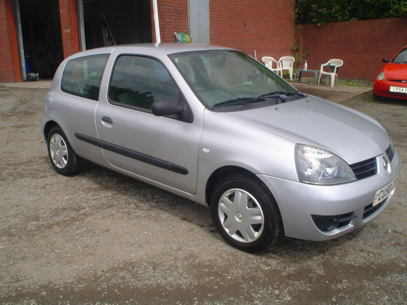 2008 renault clio 1 2 campus nice miles very low insurance in swansea gumtree. Black Bedroom Furniture Sets. Home Design Ideas