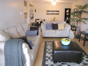 LARGE 2 BEDROOM CONDO STYLE APARTMENT $865