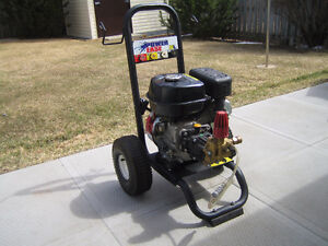 2800 PSI GAS PRESSURE WASHER 6.5 HP