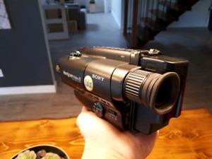 Vieux caméscope Sony - Cassettes 8mm