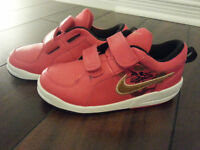 BRAND NEW!!  Nike Running Shoes Special Edition - For Boy