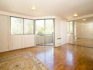 beautiful room in St Kilda Rd for one person to share the room Melbourne CBD Melbourne City Preview