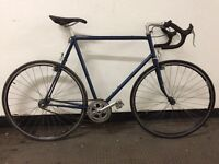 VINTAGE ROAD RACING BIKE SINGLE SPEED RACER IDEAL STUDENT COMMUTER SHIMANO 105 600 FIXIE