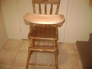 ANTIQUE OAK HIGH CHAIR WITH REMOVABLE TRAY