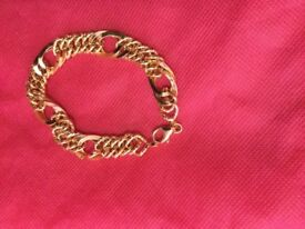 Real 18 carat yellow gold chain bracelet