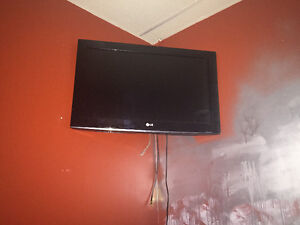 TV flat screen Plasma LG 32""