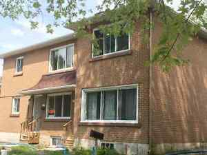 2 bedrooms in Ste-Anne West Island Greater Montréal image 1