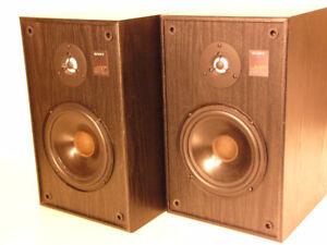 High-Quality Sony SS-EX600AV 2-Way Bookshelf Speakers
