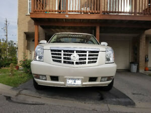 2008 Cadillac Escalade Esv ( New Engine )