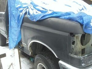 1991 f150 xlt/lariat hood/fenders/black(with chrome wheel trim) Prince George British Columbia image 2