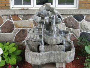 Fontaine rocher en béton (naturel)