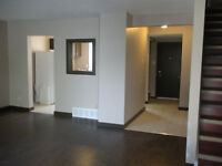 Clean Three Bedroom, 2 bathroom townhouse in Alpine Village
