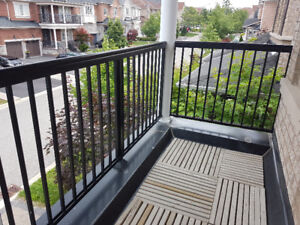 36ft Black Aluminium Porch/Balcony Railings (in great condition)