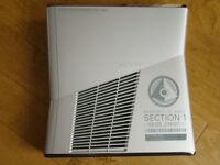 XBOX 360 S Halo Reach bundle - MINT