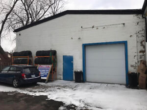 Auto Shop/Retail/Warehouse/Space For Rent 5500 sq.