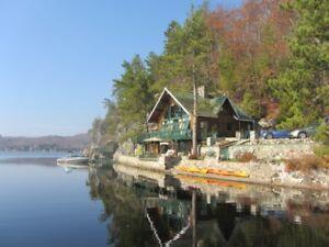 Chalet à vendre - Bord de l'eau Lac Achigan - VOIR prix réduit