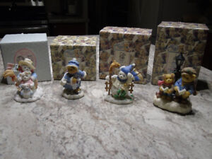 CHRISTMAS CHERISHED TEDDIES COLLECTIBLES