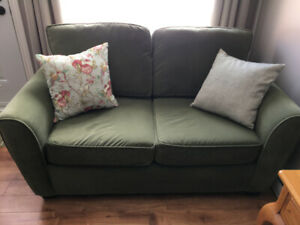Love Seat for sale, in good condition