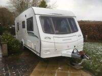 2010 Coachman Pastiche 560/4 fixed bed