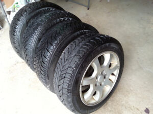 """15"""" Winter tires on Dodge factory alloy rims"""