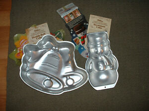 Pair of Baking Pans - Double Bell and Snowman