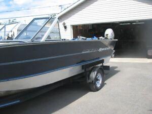 bateau pêche et plaisance