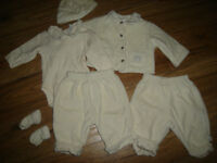 Baby's Place Ivory Velour Coordinates