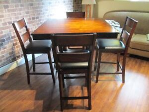 Table Haute Set Bistro / A High table bistro kitchen set