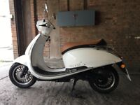 Lexmoto Vienna 50cc 2017 1100miles full service history as new