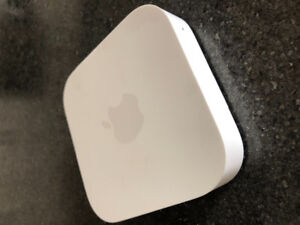 Like-New Apple Airport Express Base Station