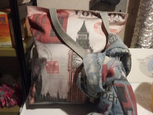 London satchel/bag/purse and scarf