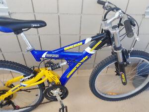 FOR SALE Downhill Hooligan Full Suspension Mountain Bike