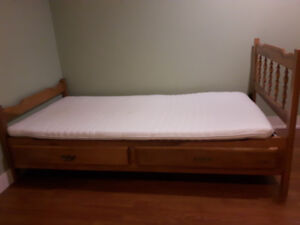 Solid wood twin bed with two drawers