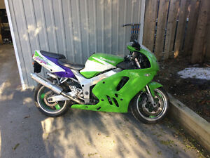 Zx9r for sale