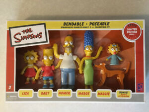 "THE SIMPSONS ""Springfield's Favorite Family"" Bendable Figures"