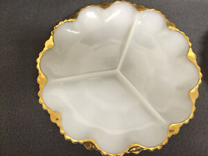 Collectible Antique 2 Milk Glass Pickle Dishes London Ontario image 2
