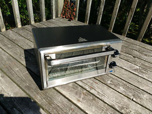 PC Presidents Choice 4 Slice Toaster Oven