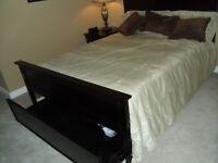 Queen Size Platform Wood storage bed c/w mattress