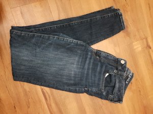 American Eagle high rise women's jeans size 8