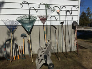 GARDENING ACCESSORIES IN ROCKPORT - MOVING SALE