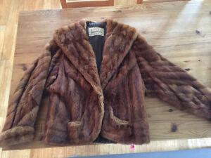 Manteau de fourrure vintange 100$ !