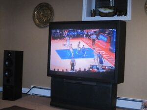 """SONY 53"""" PROJECTION TV ~ Perfect Shape"""