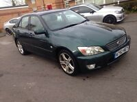 2000 Lexus is200