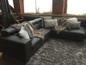 Sectionel sofa cuir Comme neuf