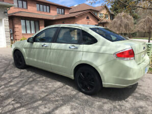 2010 Ford Focus SE Sedan 4D