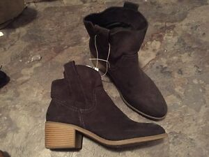 New boots size 9.5 paid $65